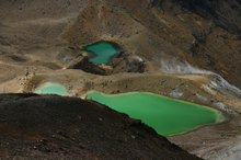 The emerald lakes on the Tongariro crossing